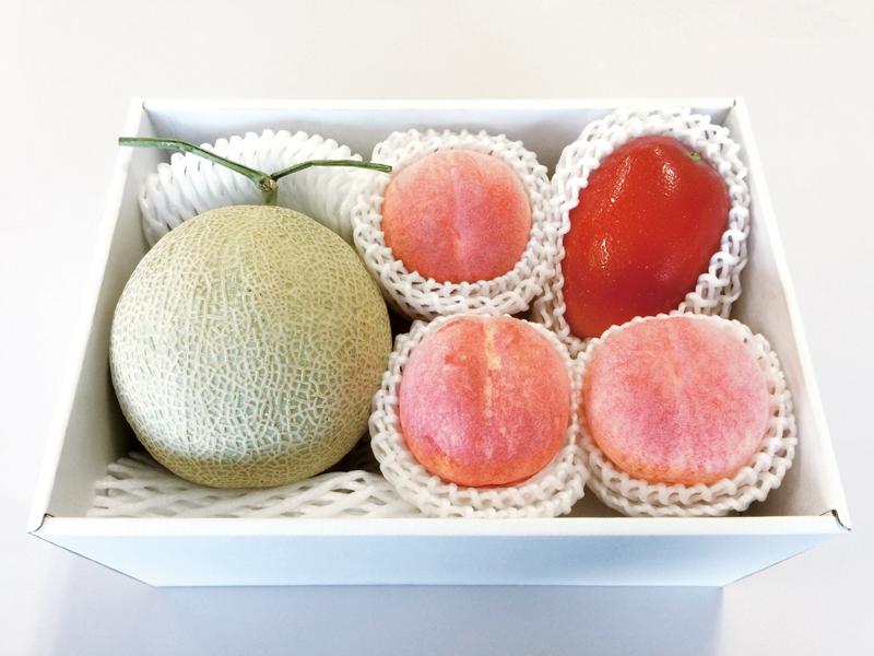 贅沢な国産フルーツ3種詰合せ【お中元2018】